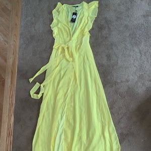 Boohoo Dresses - ☀️yellow dress ☀️